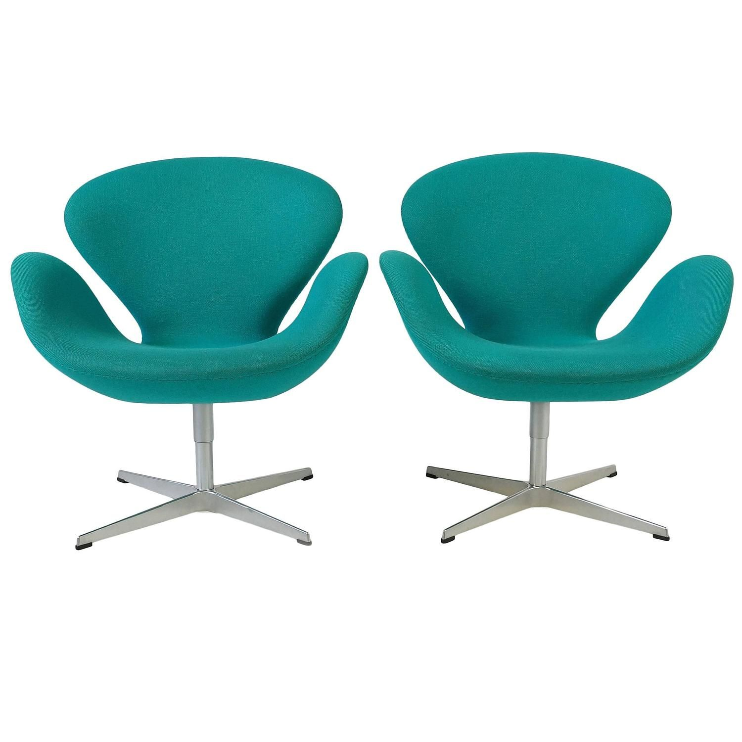 Set Of Two Turquoise Swan Chairs By Arne Jacobsen 1stdibs Com Swan Chair Chair Turquoise Furniture
