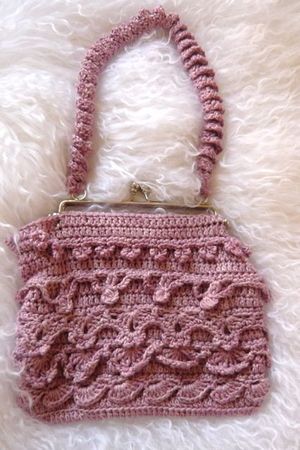 -TIers of Joy Crochet Evening Purse - Knit and Crochet Patterns ...