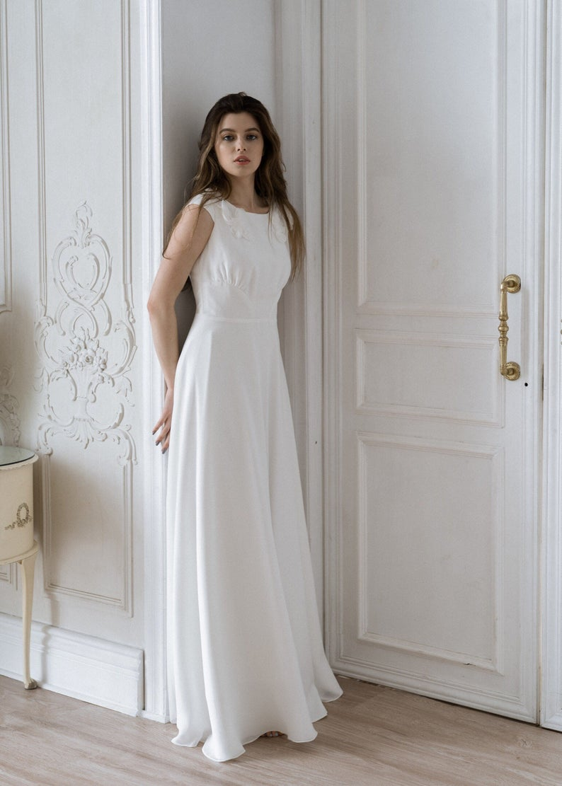 Simple 3d Lace Wedding Dress Floral Wedding Dress Modest Etsy In 2020 Simple Lace Wedding Dress Modest Wedding Dresses Floral Wedding Dress