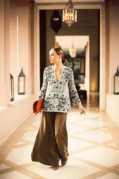 bdfa3b00e2 What to Wear: India Vacation style Moroccan Tunic via Ann Street Studio