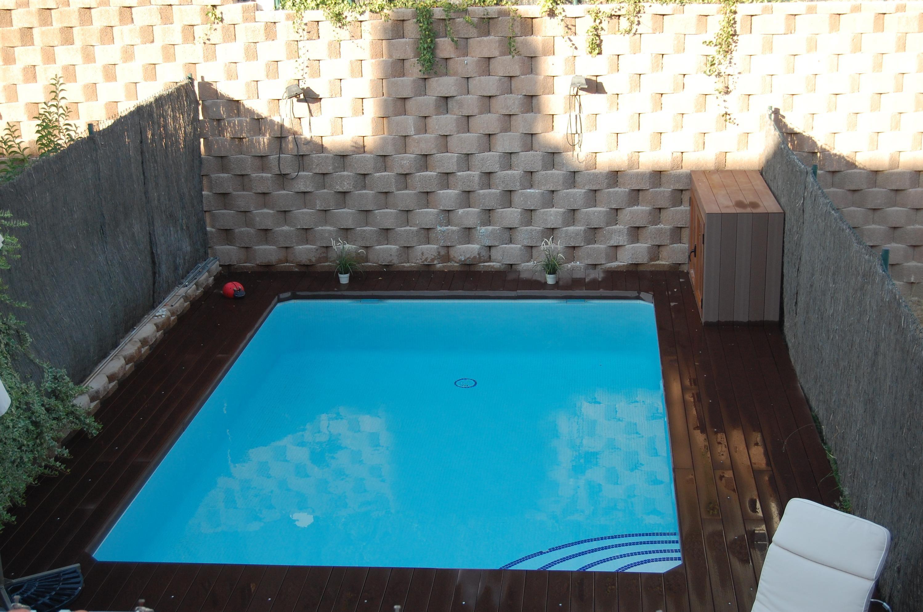 piscina günitada de 6x5 con escalera romana interior, gresite