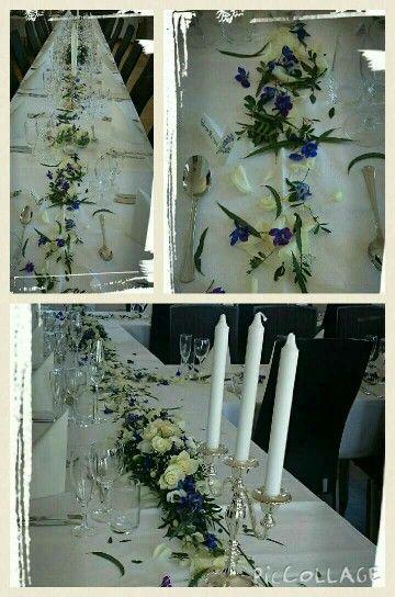 Lange Borddekorasjoner med strø av roser,poppel, brudeslør og delphinium, lekkert på bordet -design ingunngrimsby ❤