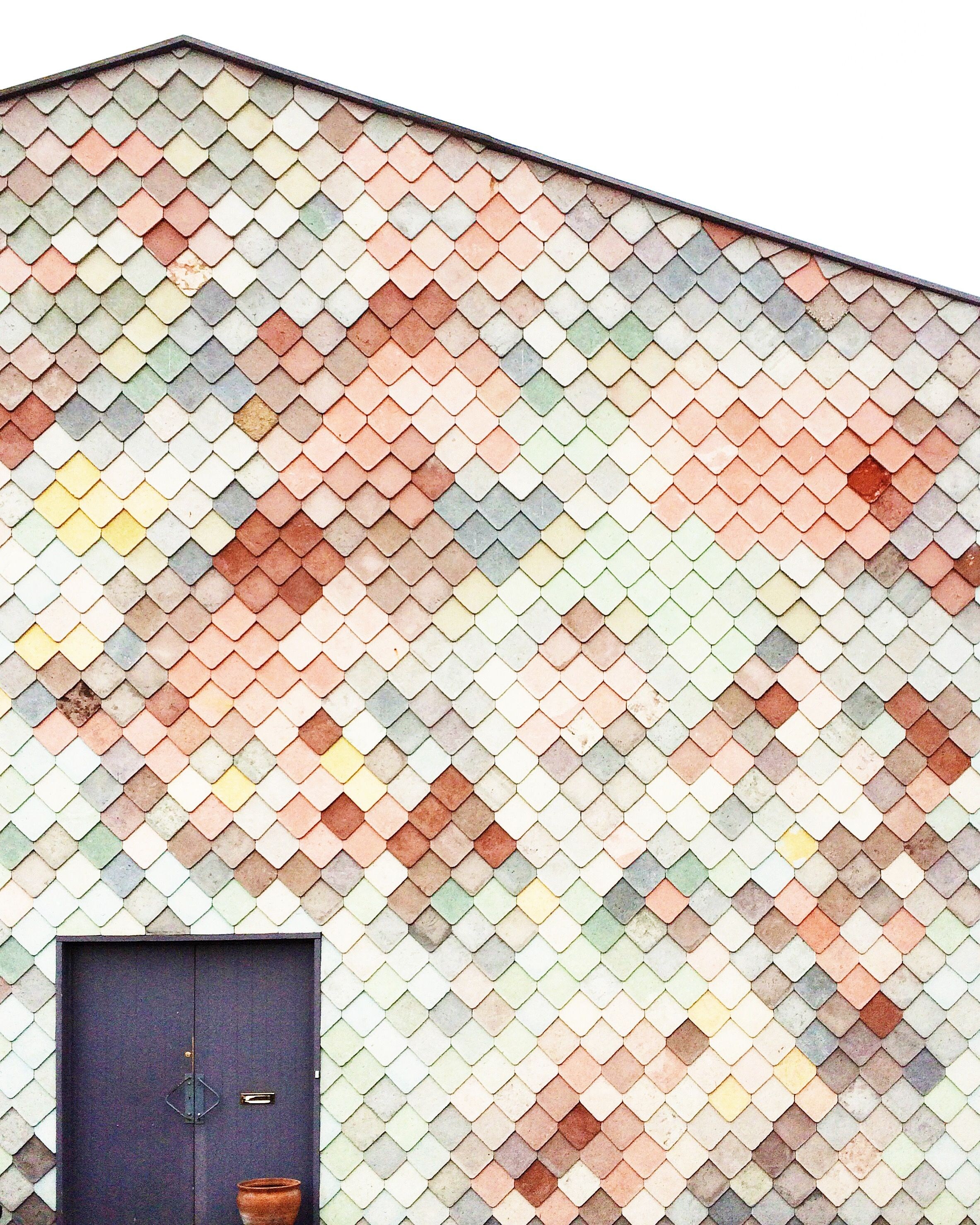 The Pastel Scales Of Sugarhouse Studios Montgomeryfest Exterior Tiles Wall Exterior Colour Architecture