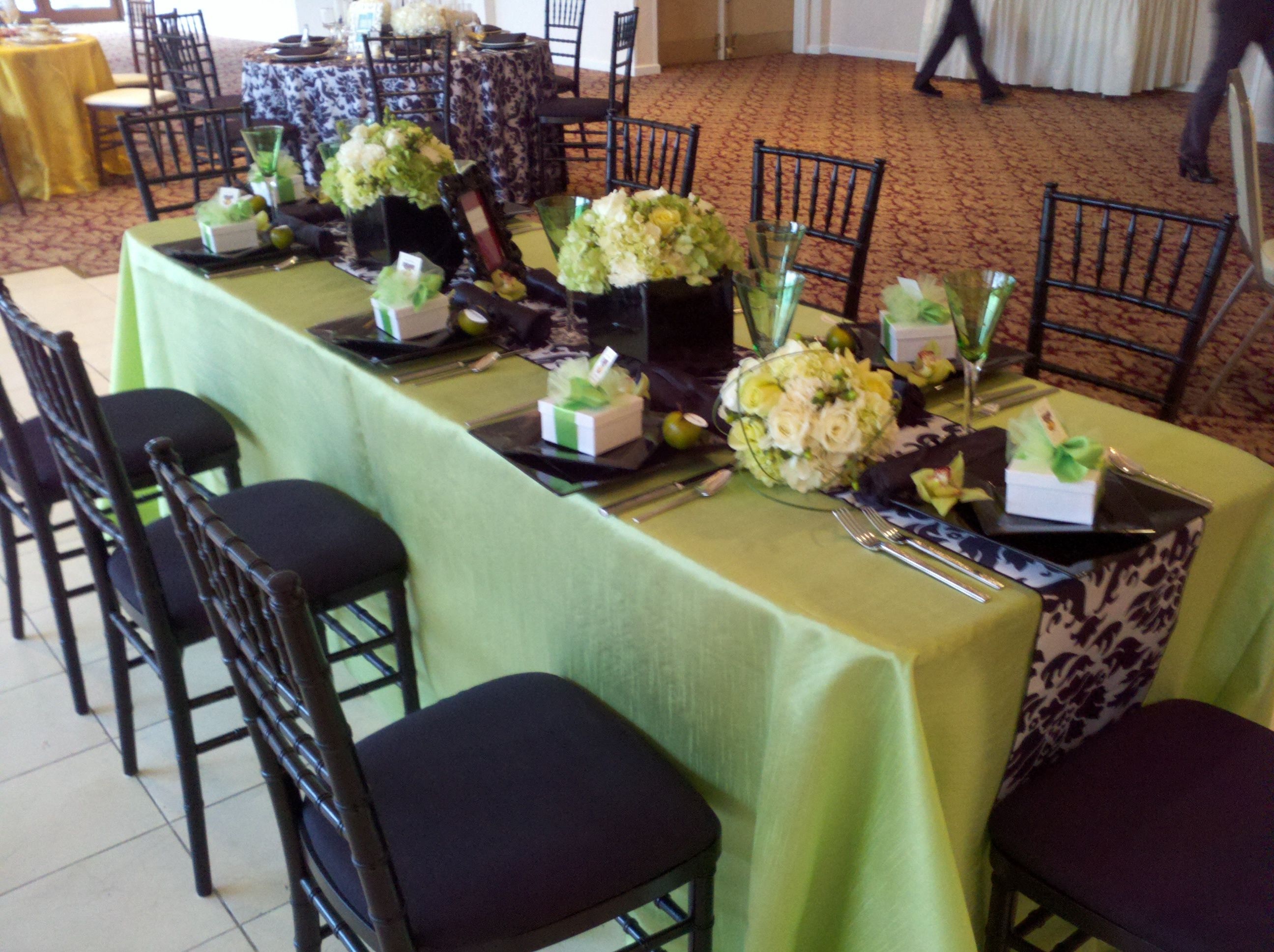 Black U0026 White Damask Table Runner With Lime Green Accents And Green  Hydrangea Centerpieces.