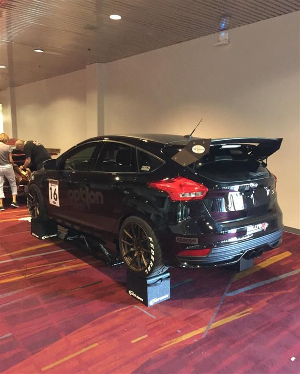 Ford Focus St Black : focus, black, Focus, Sema2016, Chariotz., Click, Photos, Info., Hatchback,