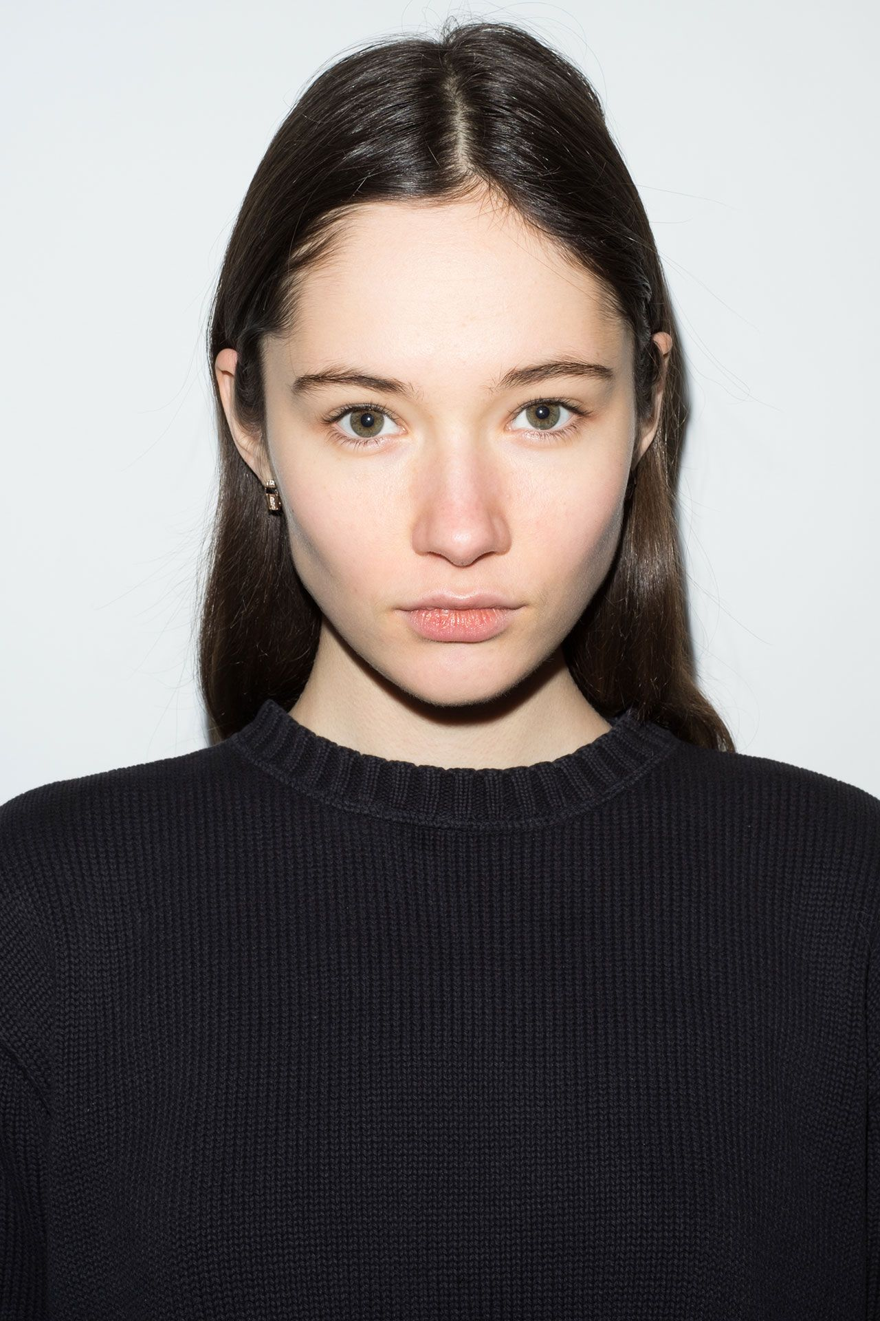 Communication on this topic: Chloe Norgaard, vika-ihnatenko-ukr/