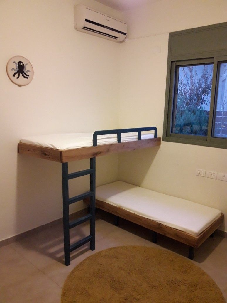 Pin By Lacey T Menard On Floating Bunk Beds Diy Bunk Bed Bunk Beds Bed Design