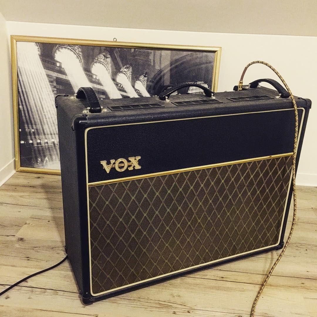 """""""#vox#voxac30 #british#sound#guitarsound#guitar#electricguitar#guitarist#guitaramp #loveit #lovely #photooftheday #picoftheday #igerscz #czechman #instaday…"""""""