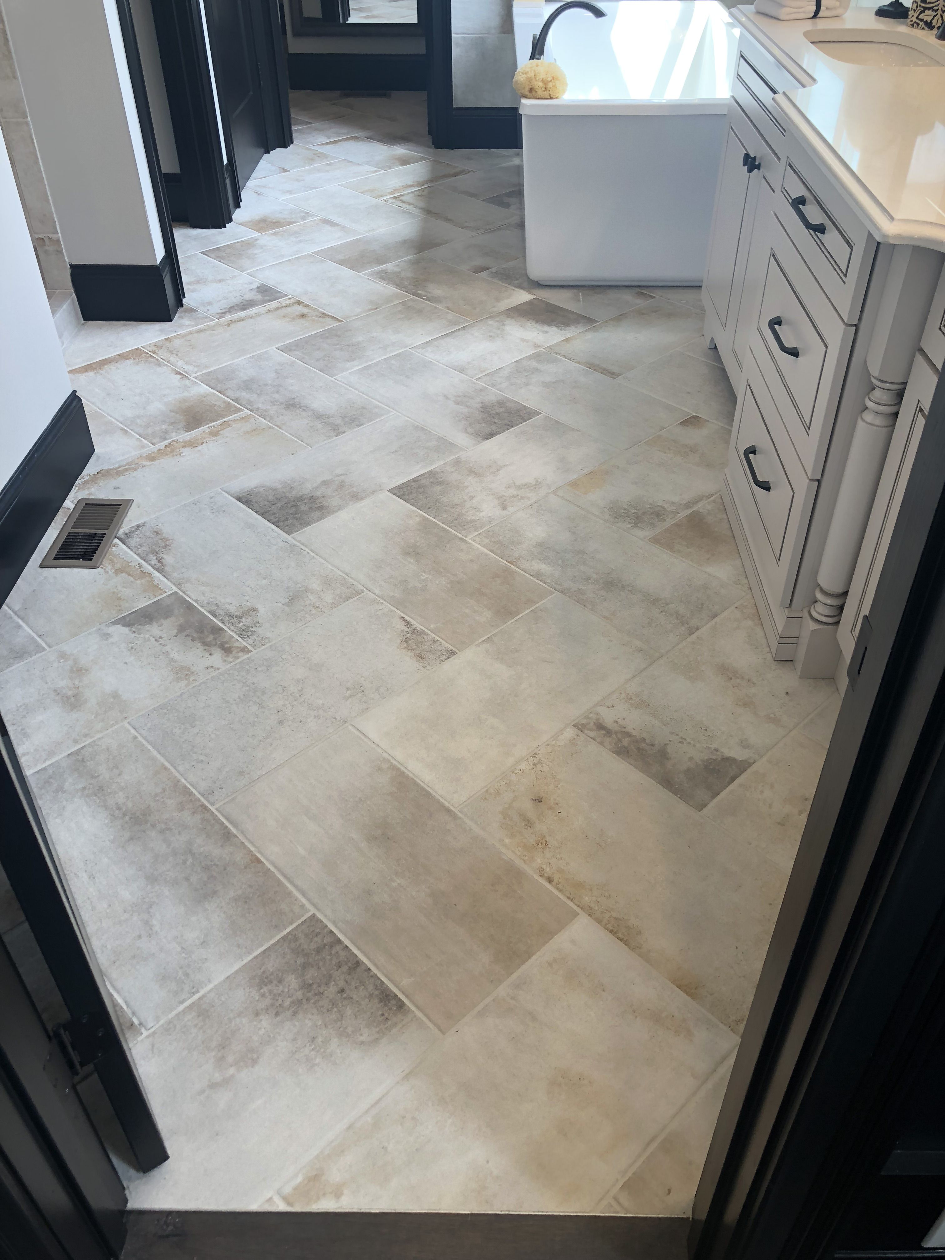 Cotto Contempo 12x24 Pennsylvania Ave Installed Herringbone Pattern Patterned Bathroom Tiles Bathroom Floor Tile Patterns Herringbone Tile Floors