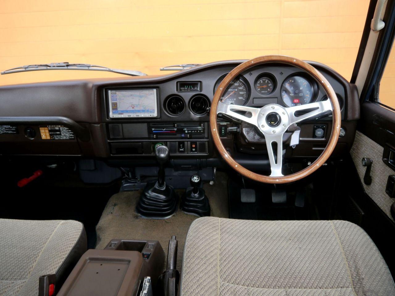 ランクル60 クラシックコンプリート 中古車 ランクル60 カスタムカー 車両