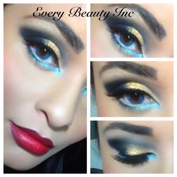 Dramatic Wonder Woman Eyeshadow Halloween Face Makeup Eyeshadow Makeup