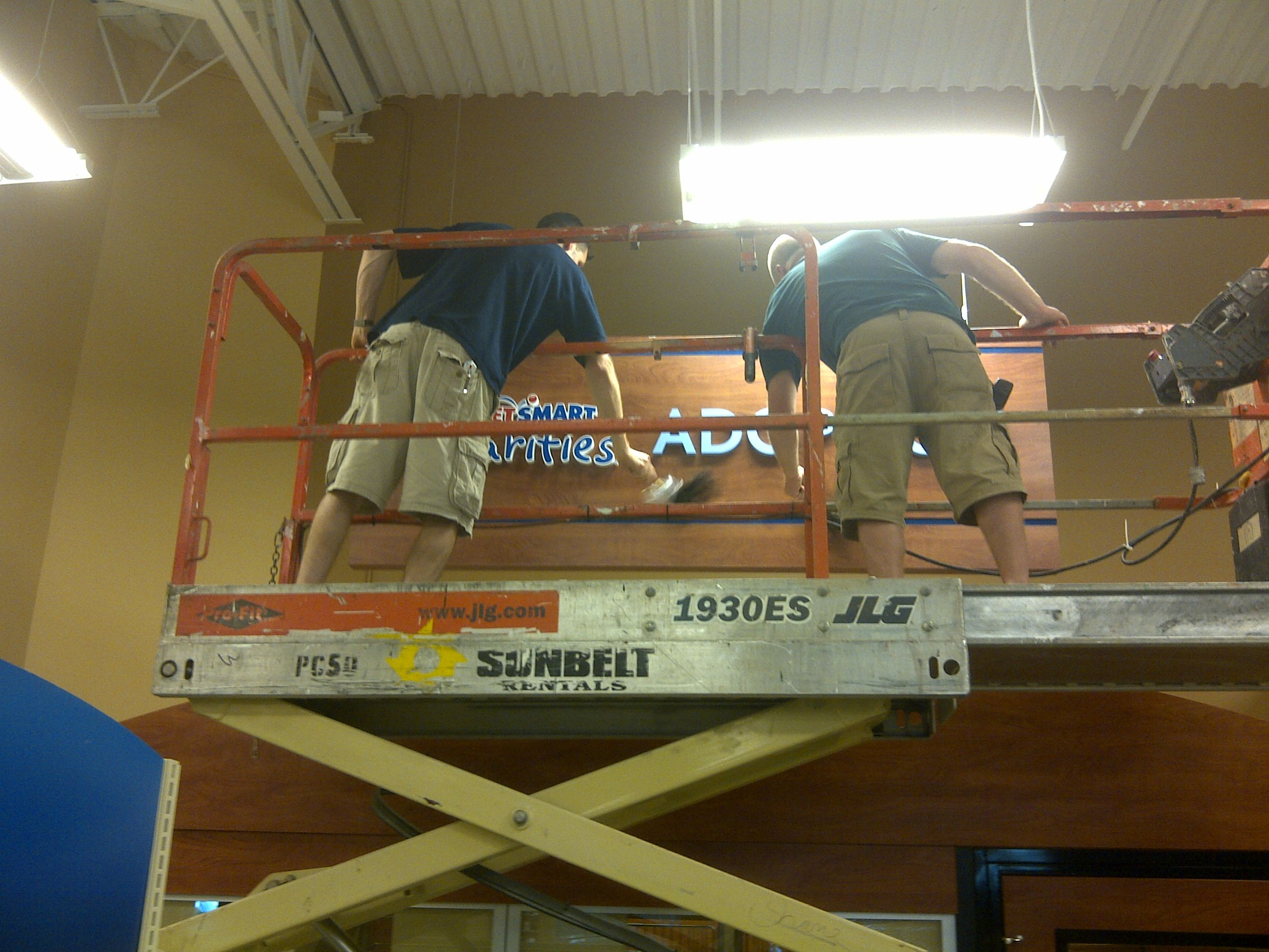 DisplayMax Fixtures here to do your stores remodel. Call 810-494-0400