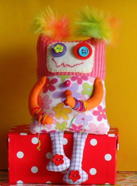 Doudou monstresse ! Monster girl doll by Nijenn
