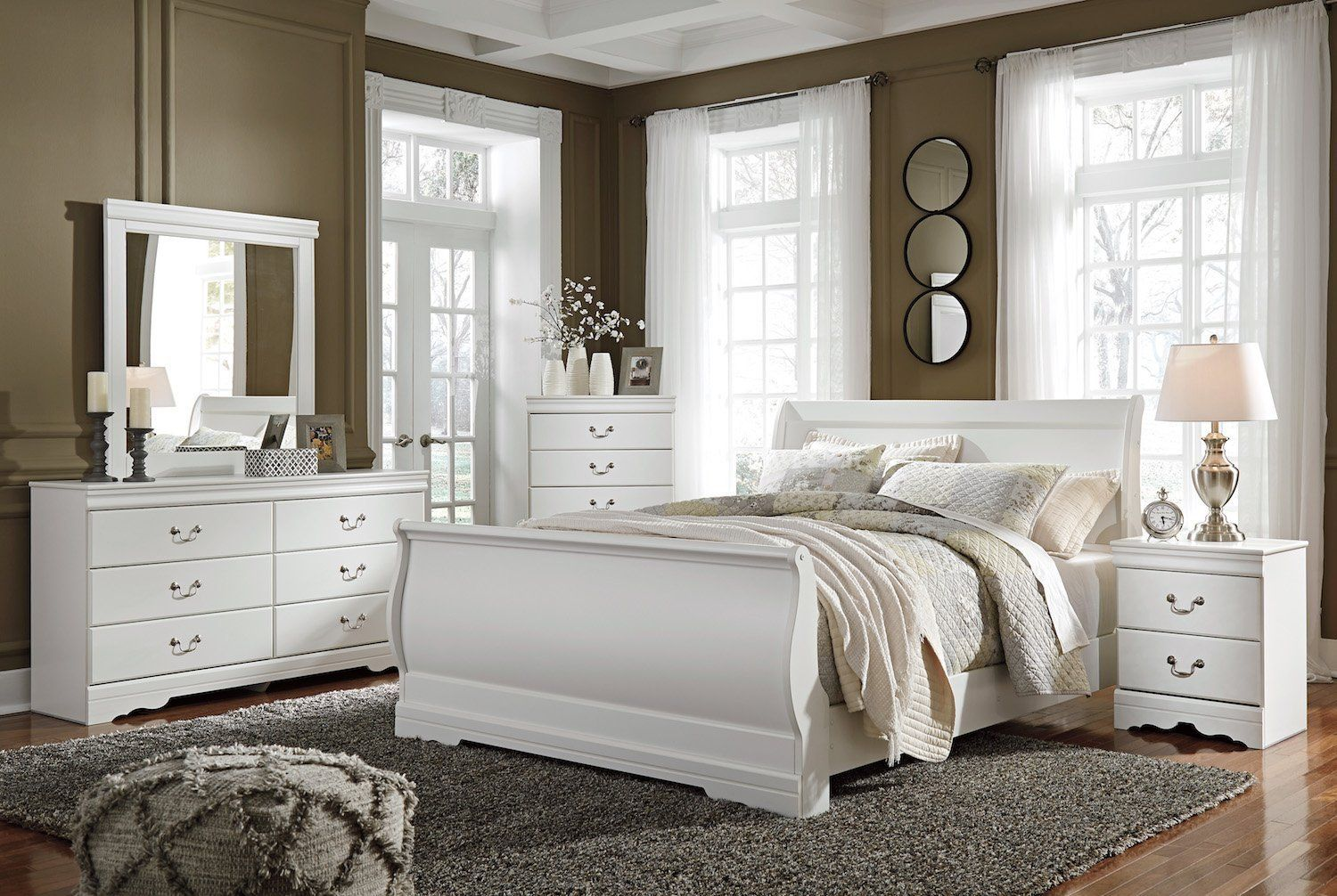 Ashley Anarasia 5PC Queen Sleigh Bedroom Set With Chest In