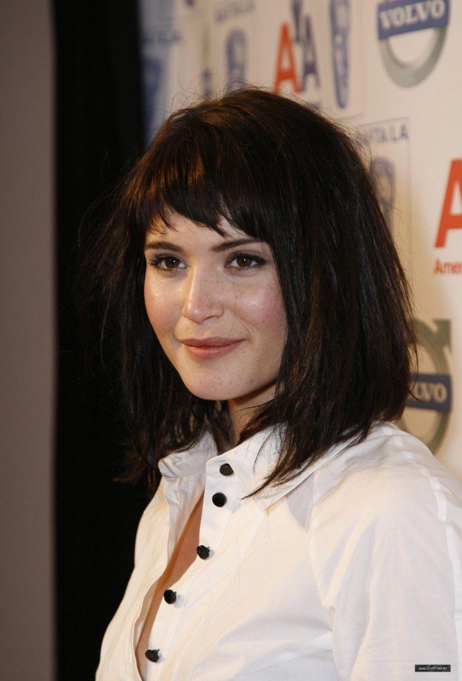 Gemma Arterton Funky Bangs Hair Styles Short Hair Styles Hair Beauty