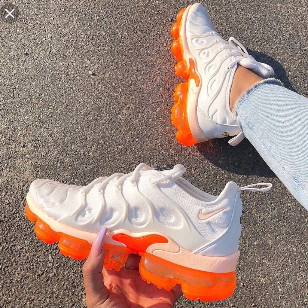 Nike Shoes | Creamsicle Vapormax Plus Womens Sz 6.5! | Color: Cream/Orange | Size: 6.5 #shoegame