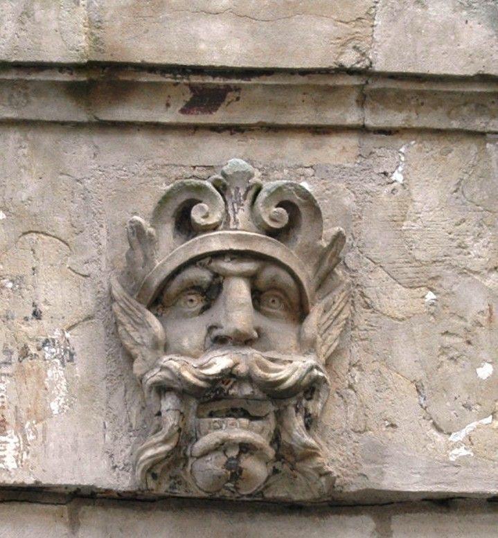 Fontenay le Comte (85)