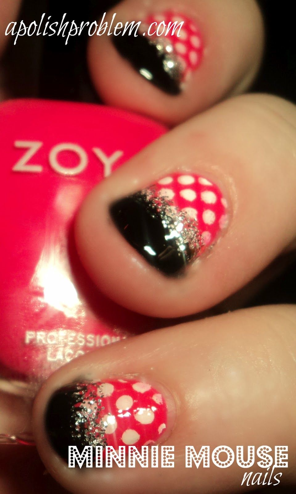 a really easy minnie mouse design!! For Disney world   Nails ...