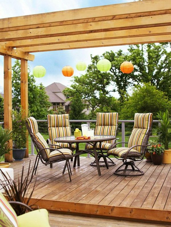 Garten Designideen u2013 Pergola selber bauen - gartengestaltung diy - garten terrasse anlegen ideen boden