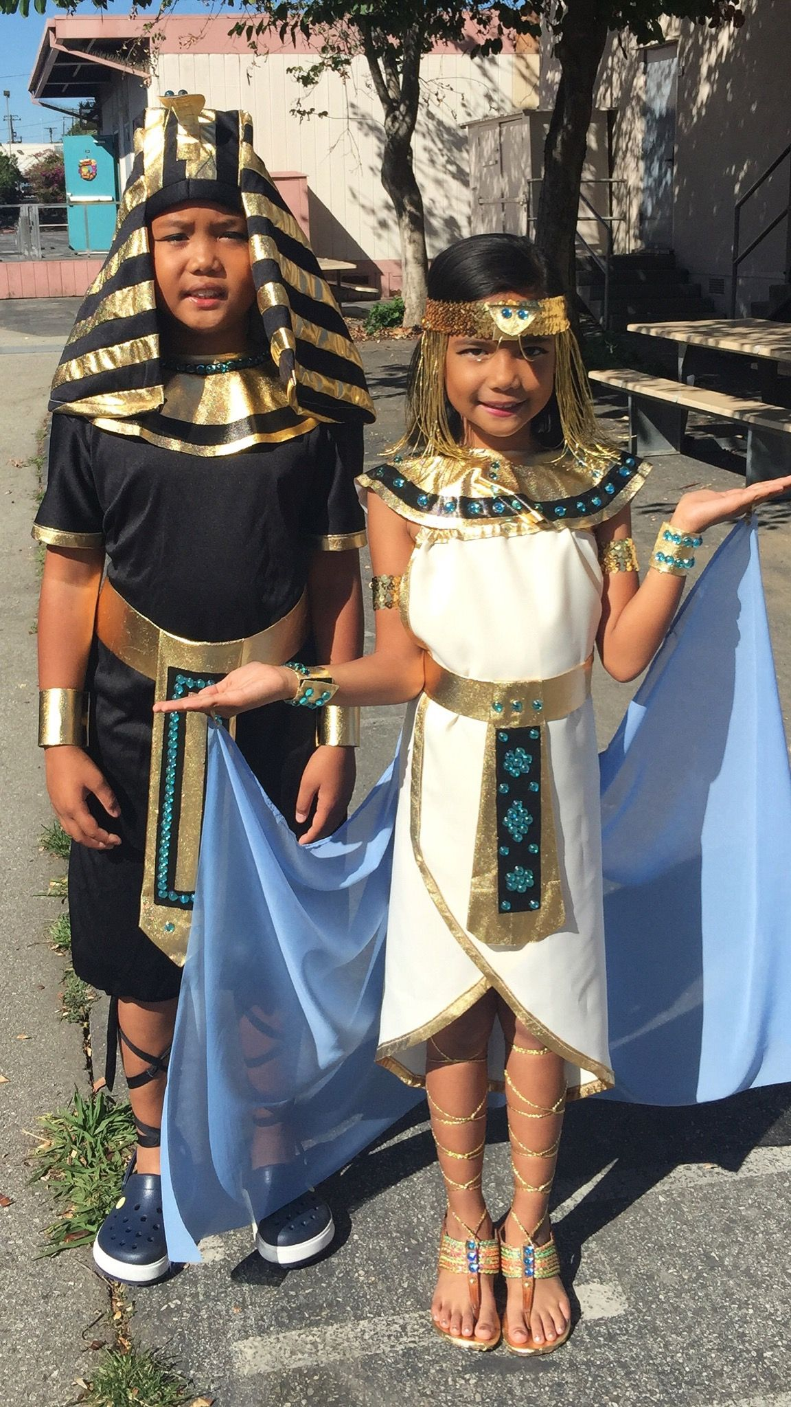 Egyptian princess costume. Handmade from household items: pillow ...