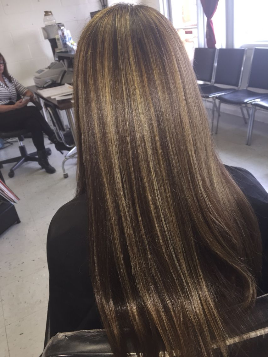 Beautifullyblendedhairboutique Jamierogers Olaplex Straight Hair Highlights Brunette Hair Color Brown Hair With Blonde Highlights
