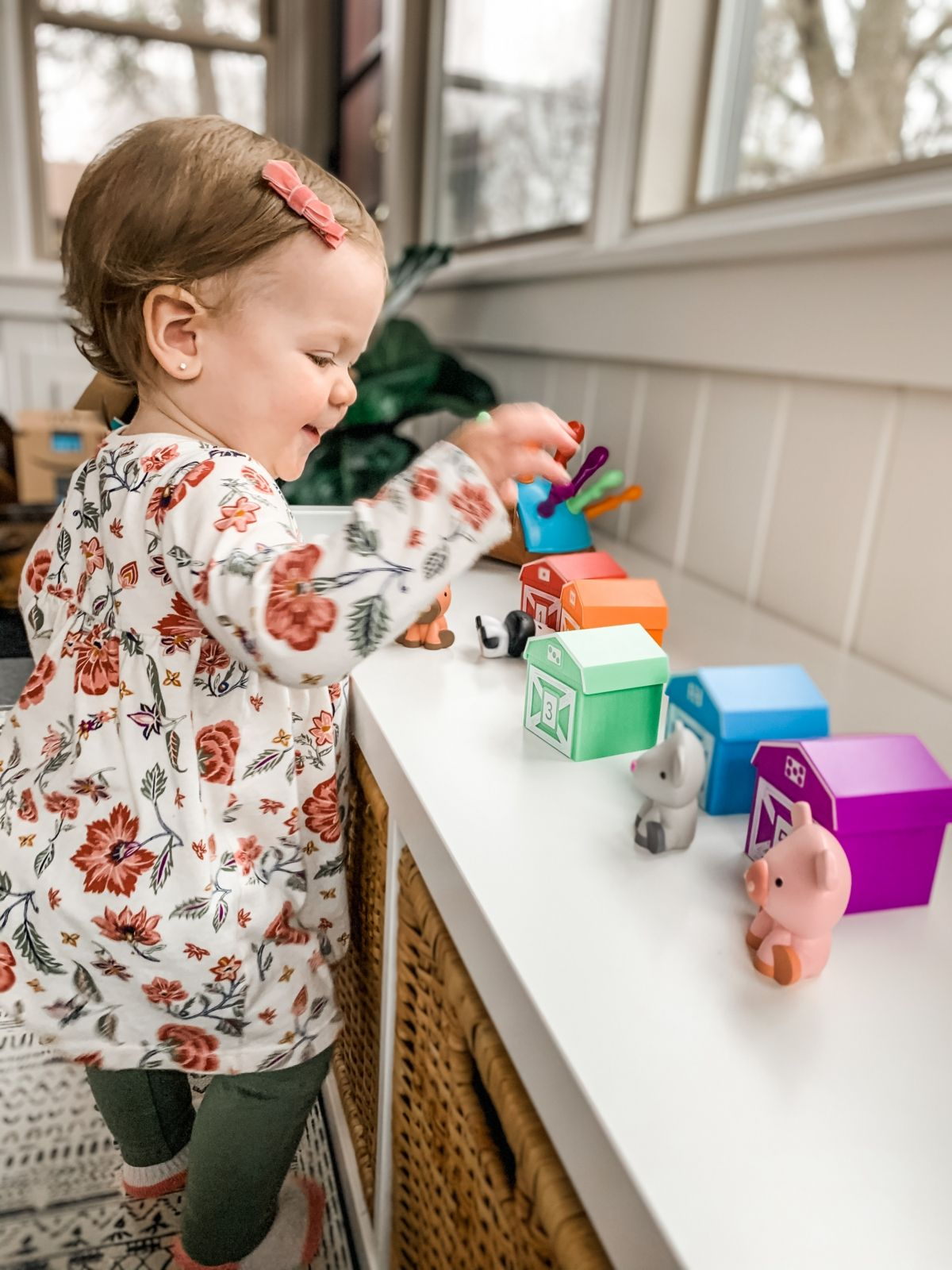Toys For Talking Peekaboo Learning Farm
