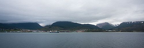 Ushuaia | Looking back at Ushuaia as we leave at the start o… | Flickr