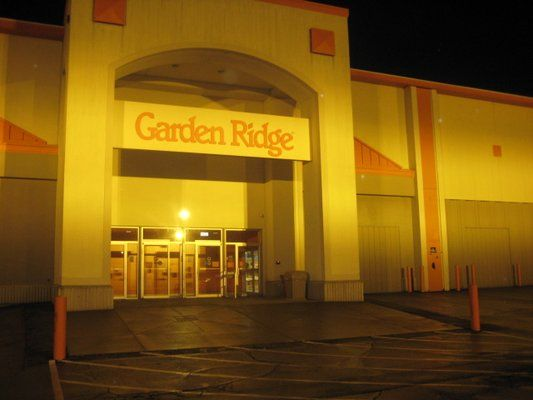 Ping Getting Lost In Garden Ridge