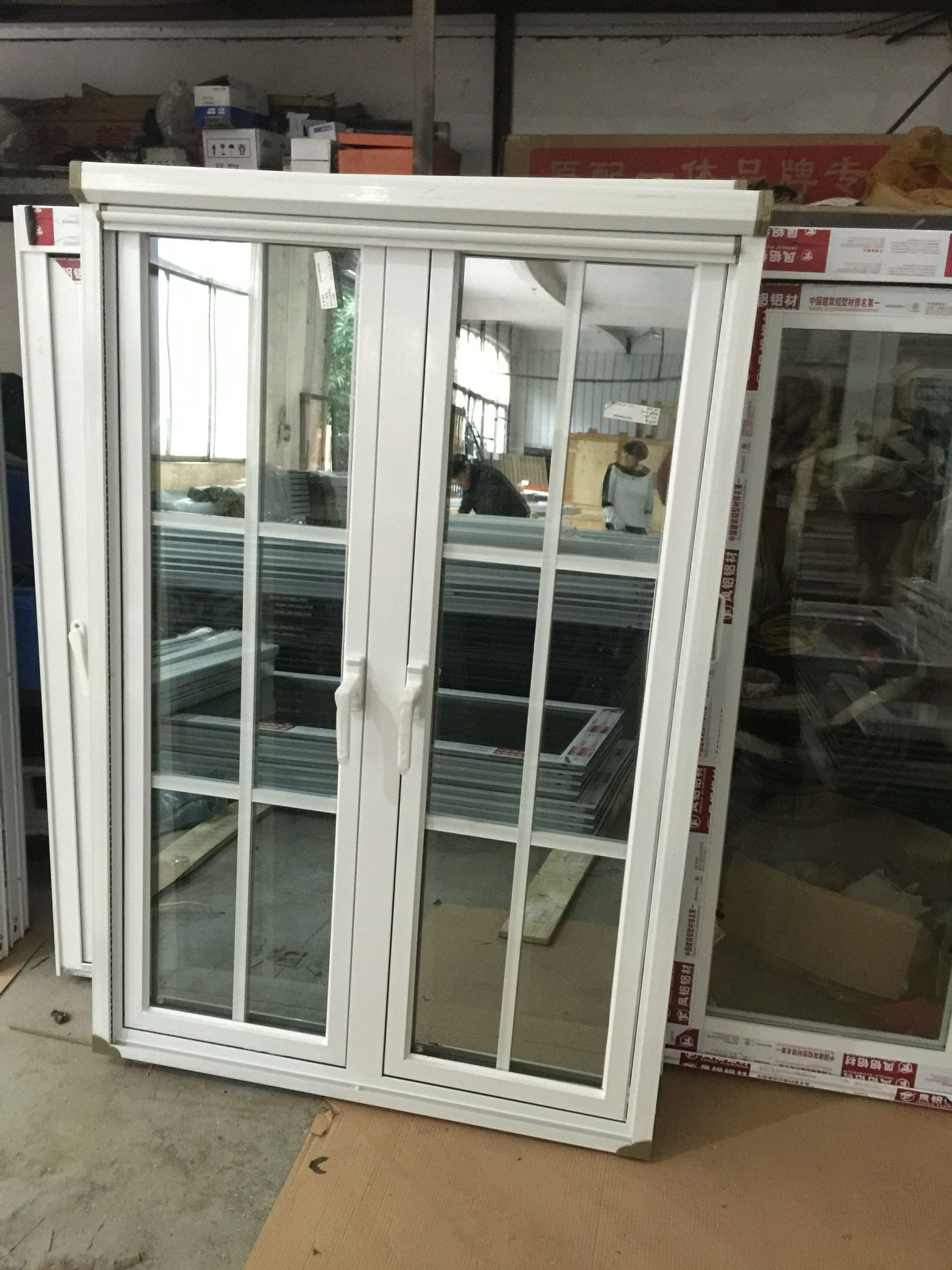 Aluminum Casement Window With Roller Mosquito Net Casement Window