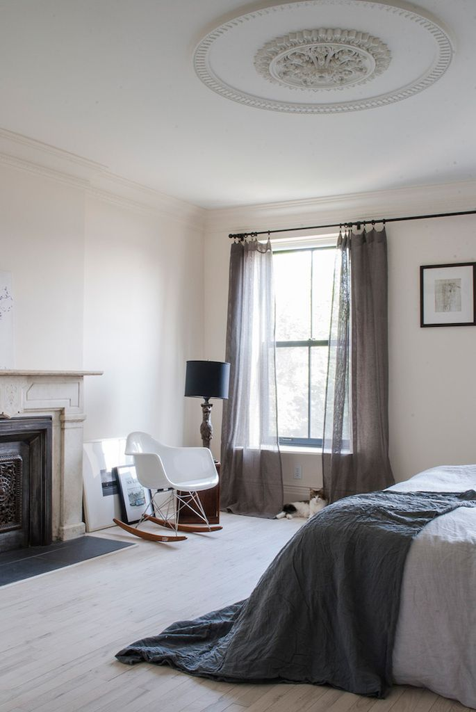 Blanc et anthracite à New York York, Chambres et Deco contemporaine