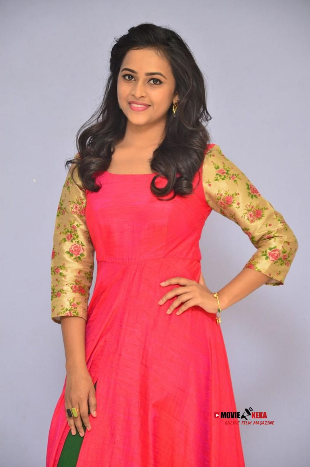 Sri Divya Stills at Kashmora Press Meet Diy dress