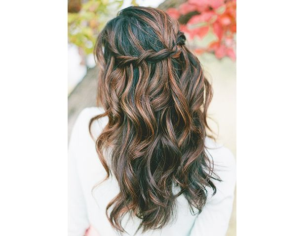 The best 40+ down hairstyles for a wedding
