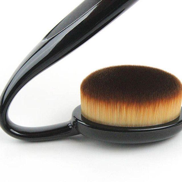 One Piece!!! 2017 Fashion New Style Toothbrush-shaped Foundation Brush BB Cream Makeup Brush Drop Shipping MU0017