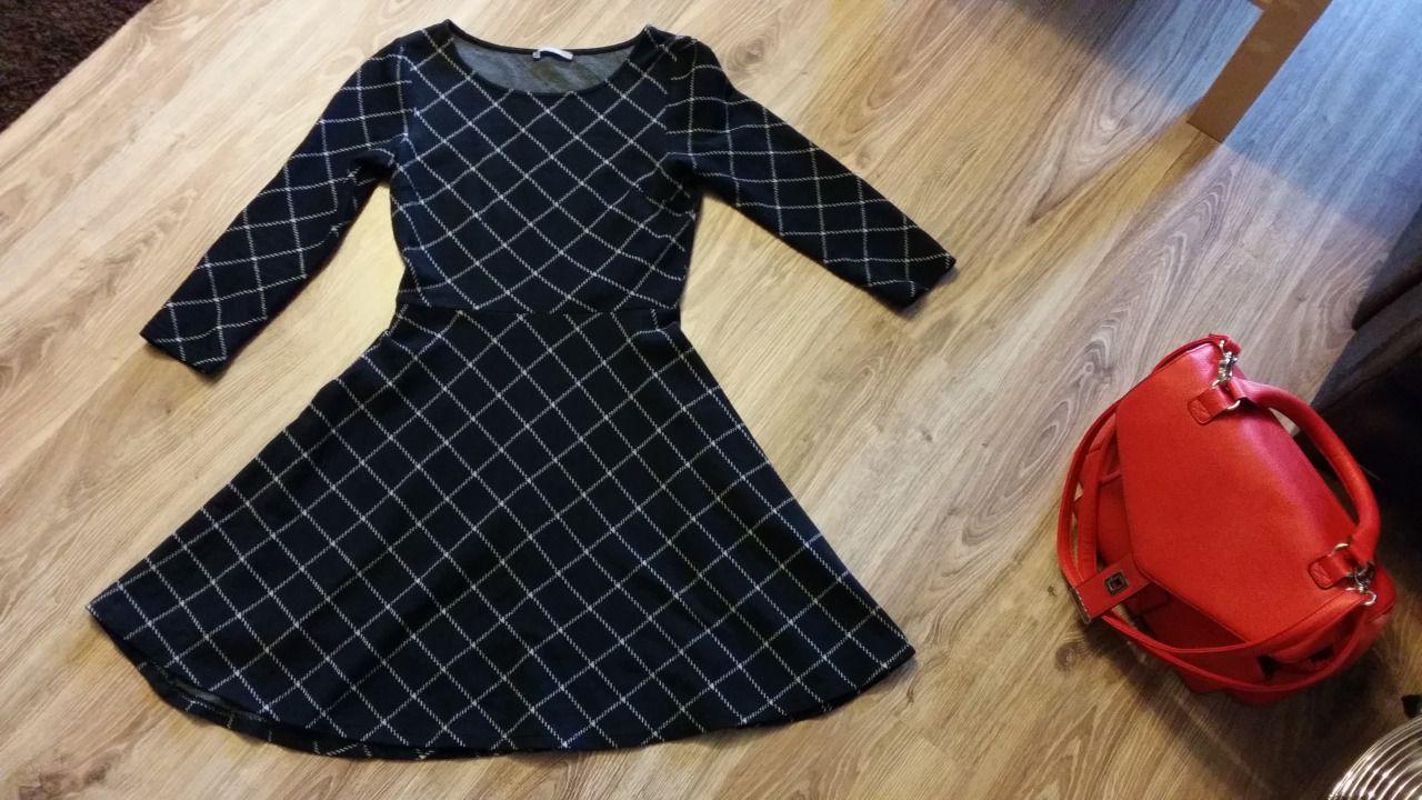 Mono check dress.