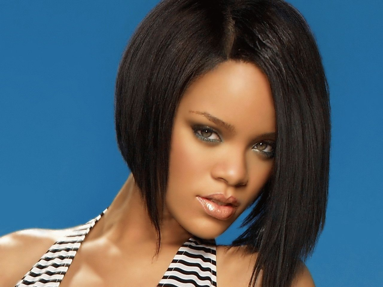 Short Flat Iron Hairstyles Love The Hair  Things To Wear  Pinterest  Rihanna