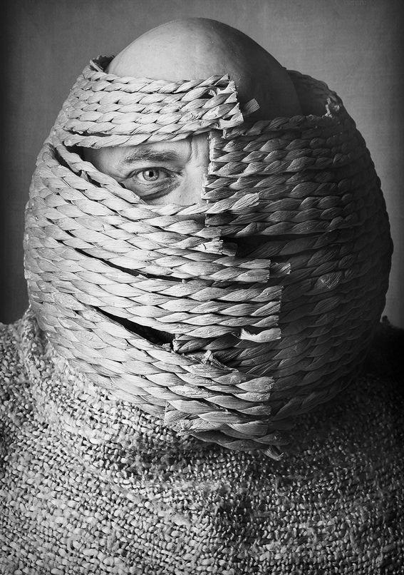 Maschera cesto (Visita il nostro sito templedusavoir.org)