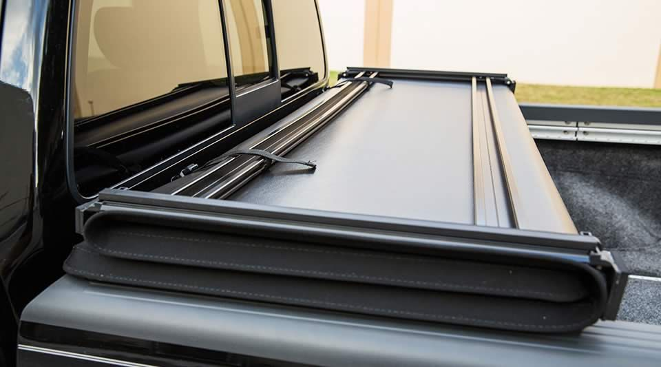 Extang Trifecta Signature Secures So You Can Drive While Cover Is Open Tonneau Cover Trifecta Truck Bed Covers