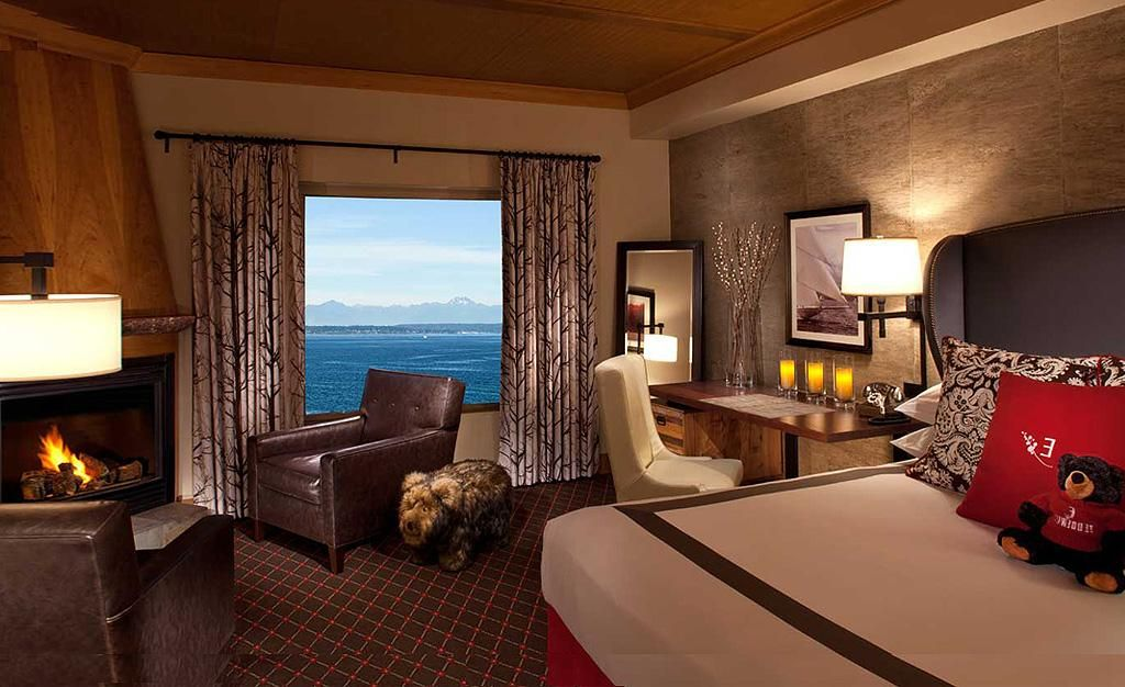 Hotels In Seattle >> The Edgewater Hotel Seattle Suite For The Home Seattle