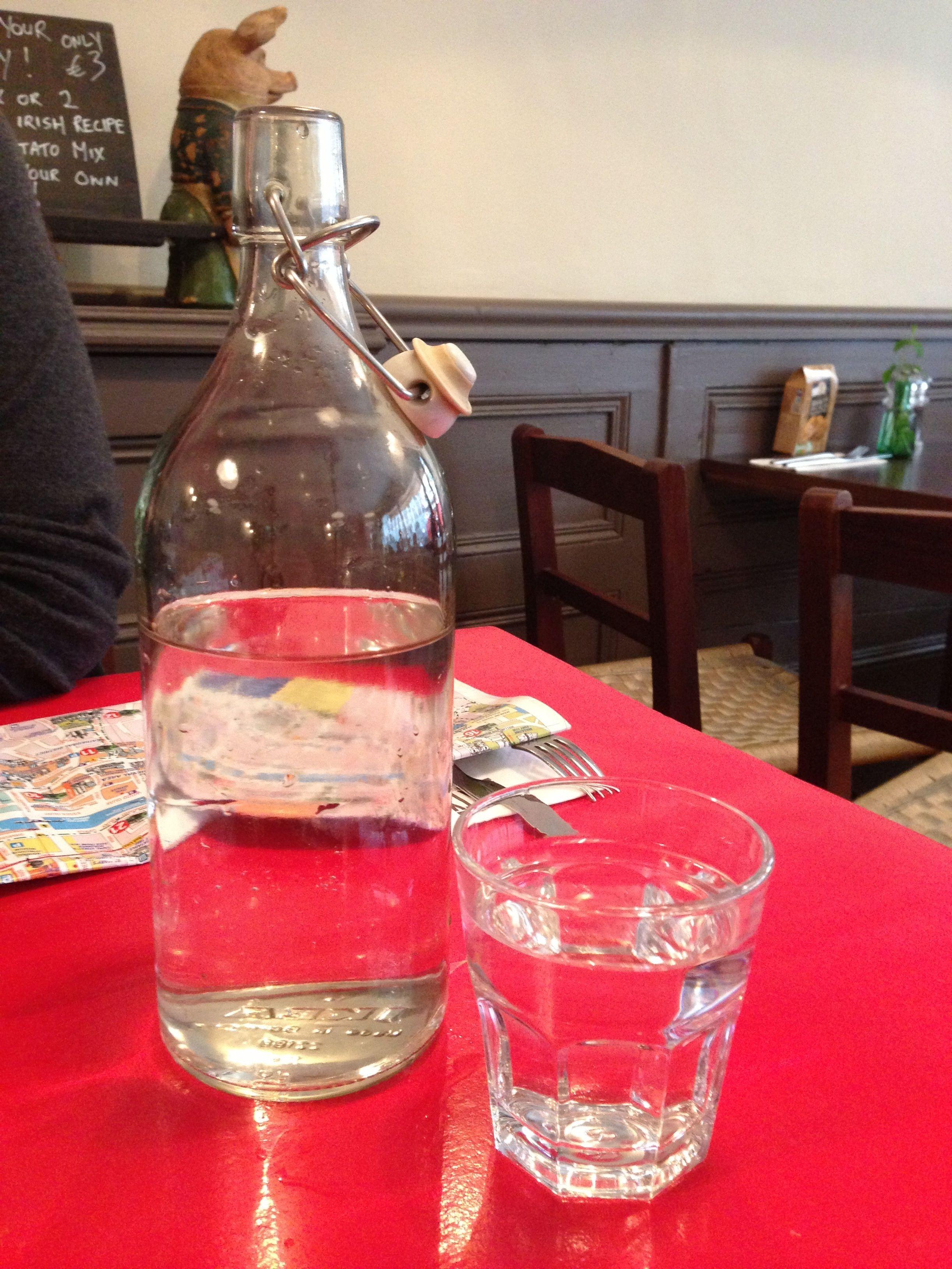Tap Water Dublin Style Wine Bottle Rose Wine Bottle Vodka Bottle