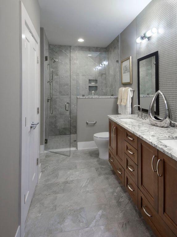 Best Contemporary 3 4 Bathroom With Winstead Cabinet Door Style 640 x 480