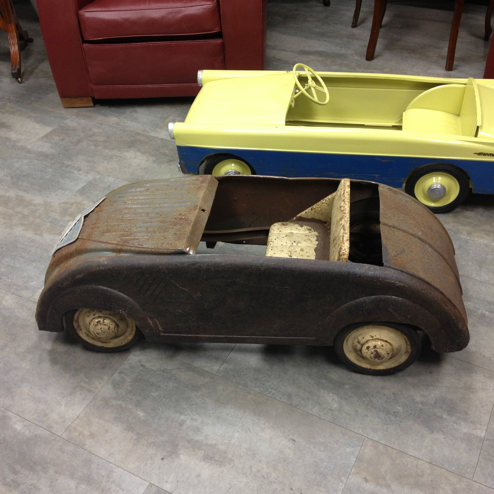 voiture p dales pedal car 2 cv citroen ann e 1955 marque mfa idem mg eureka citroen. Black Bedroom Furniture Sets. Home Design Ideas