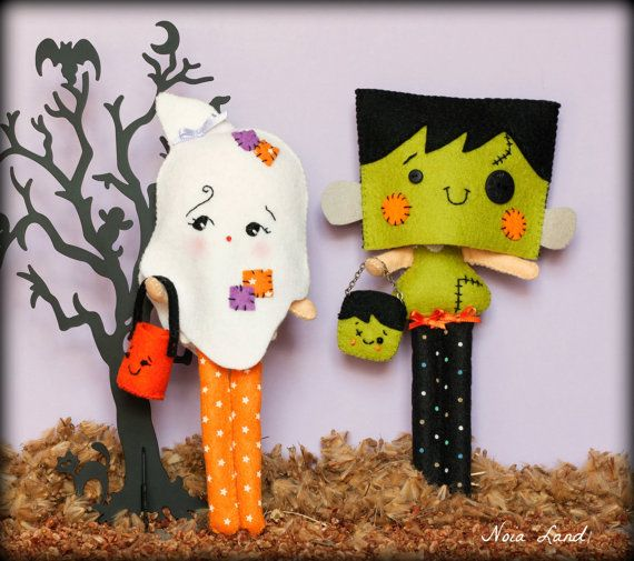 PDF. Halloween Franky and ghost dolls with masks and bags .Plush ...