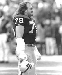 """Bob Golic of the Cleveland Browns...so in love with him during """" Cardiac Kids"""" days!"""
