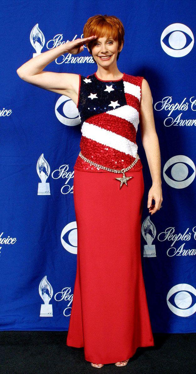 Reba McEntire in a sequin American flag gown | Reba mcentire ...