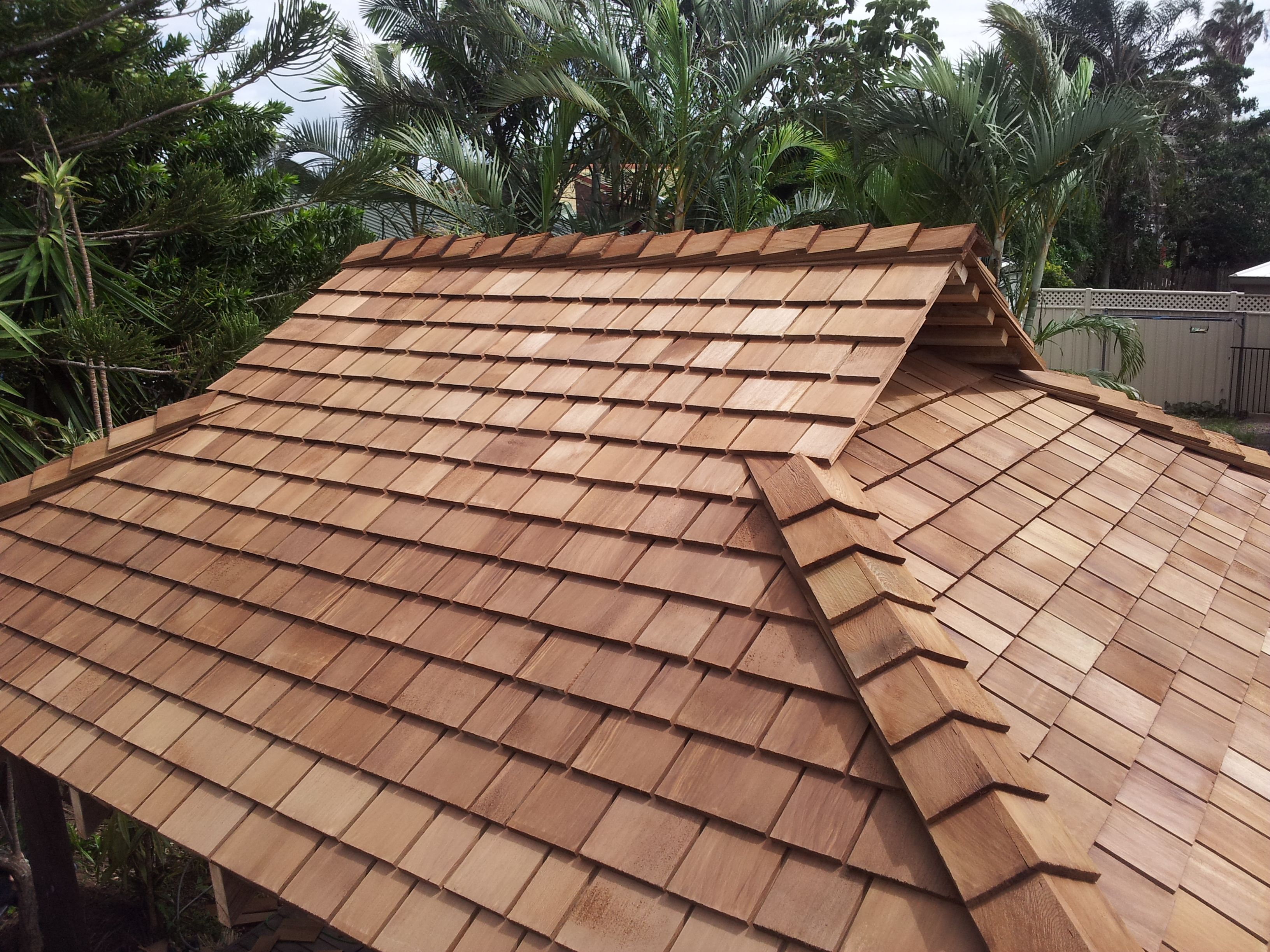 Best Check It Out Dutch Gable Cedar Shake Roof From Www 400 x 300