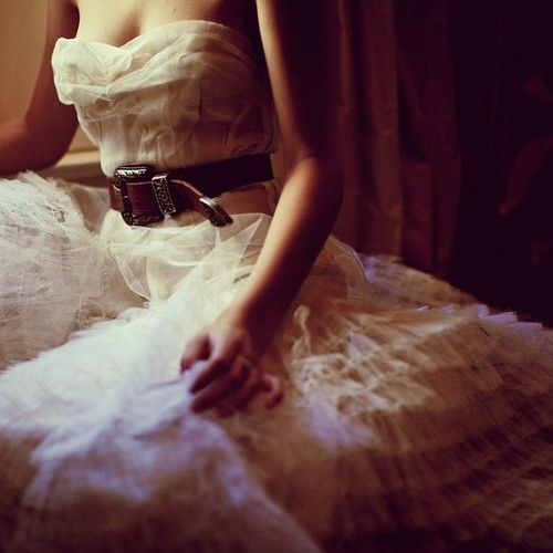 Belted wedding gown= Love