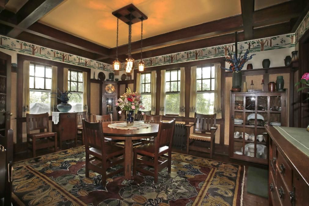 Craftsman House Carpet Craftsman House Craftsman Dining Room Old House Dreams