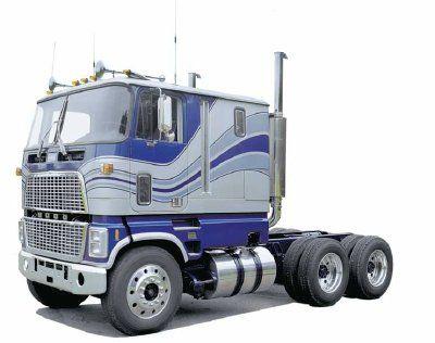 Heavy Duty Trucks In Usa Trucks Big Rig Trucks Model Truck Kits