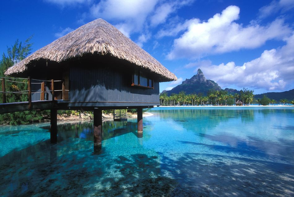 what hotel did the kardashians stay at in bora bora