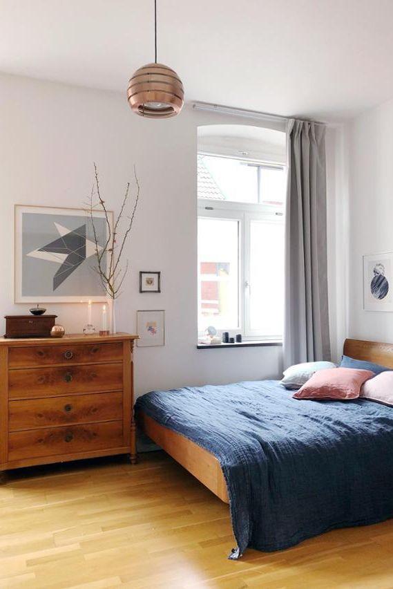 In dieses Schlafzimmer von mywunderkammer würden wir sofort - schlafzimmer einrichtung nachttischlampe